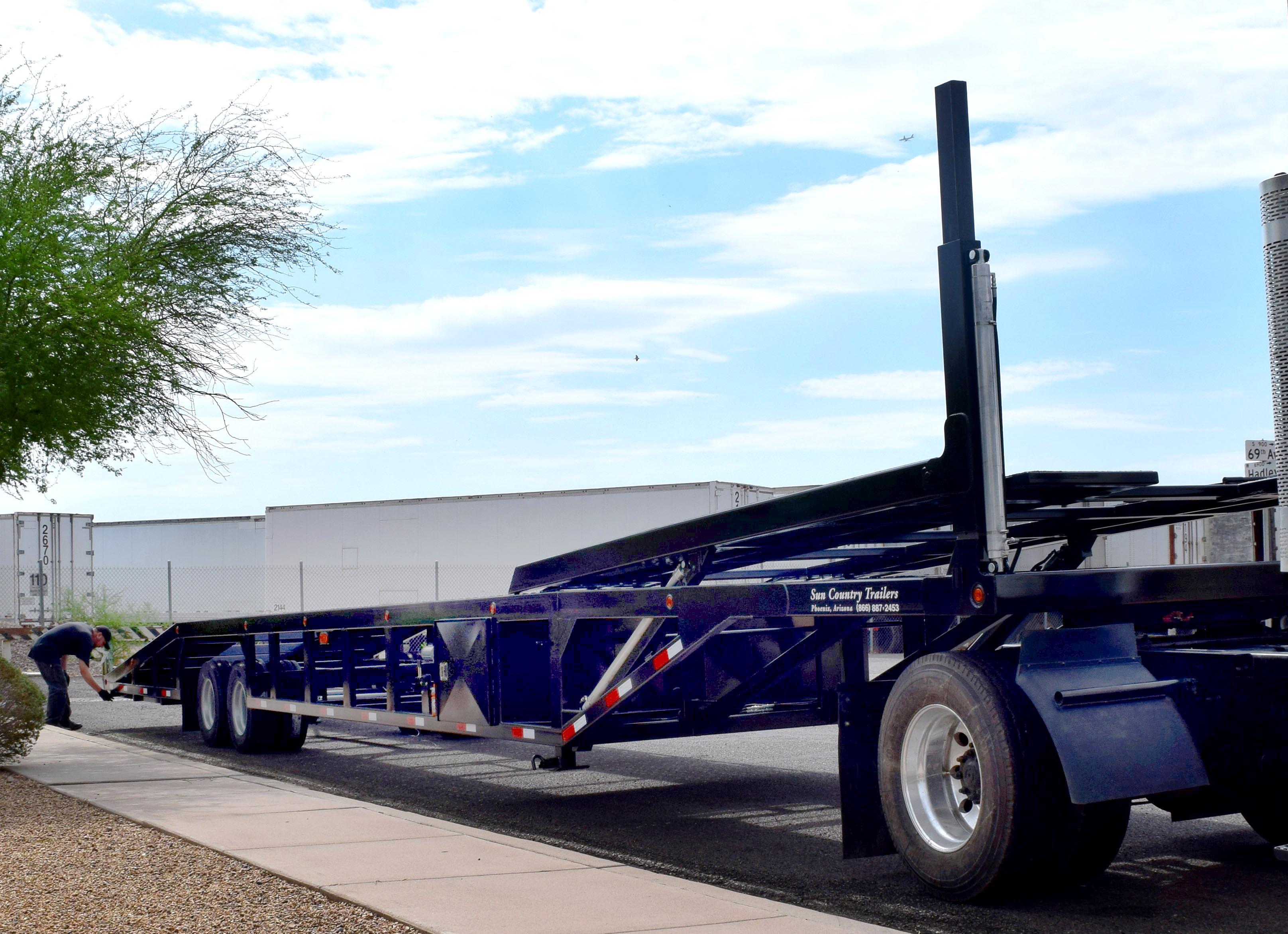 Low Car Ramps >> 53 foot Lo-Pro 4 Car Hauler - SunCountry Trailers